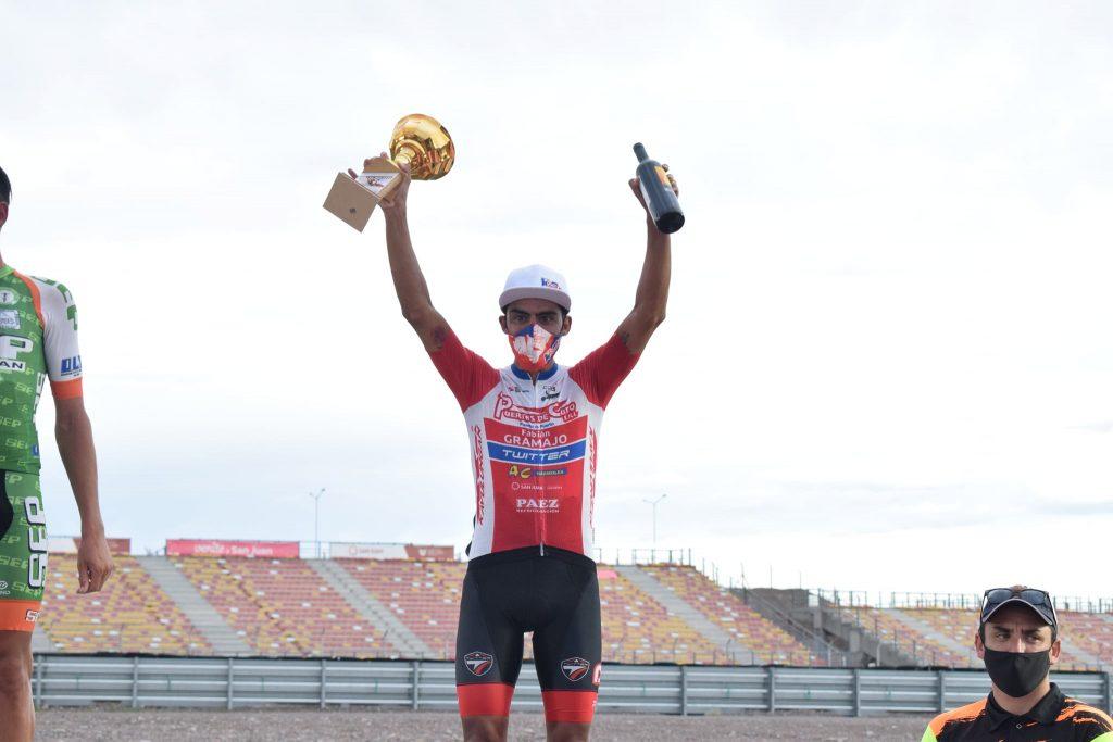 Laureano Rosas 於 San Juan Vuelta al Este 公路自行車賽事摘下銅牌